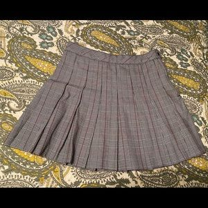 H&M Divided Plaid Pleated Skirt - Size 6